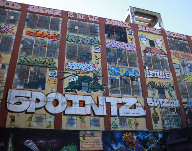 former site of 5 Pointz graffiti