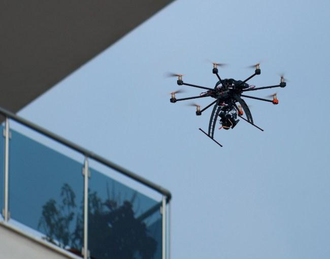 drone thumb 4