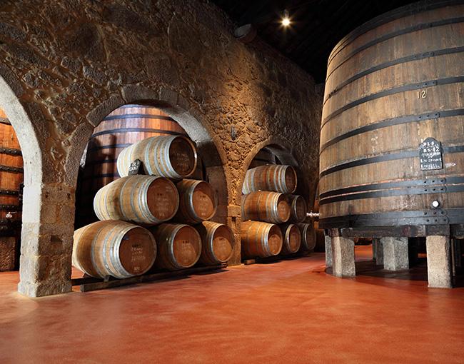 porto-wine-cellar-650x510