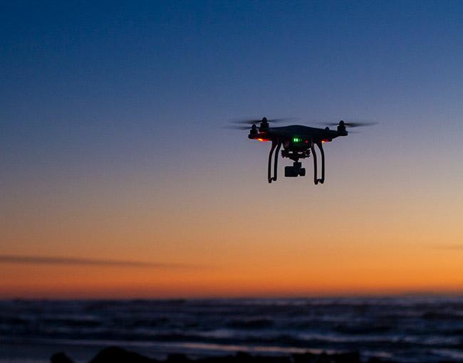 drone-over-ocean-650x510